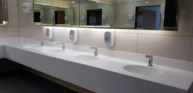 sinks-and-soap-dispensers